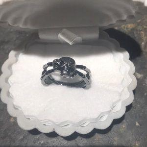 Skull 💀 Black Spiral Ring